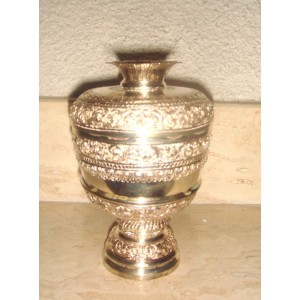 Strieborná čaša