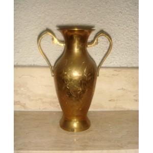 Váza tepaná