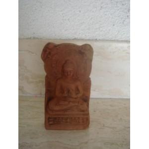 Odliatok Budhu v keramike